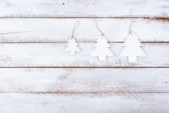 Jul sänker lekmanna- minsta på den vita tabellen Fotografering för Bildbyråer