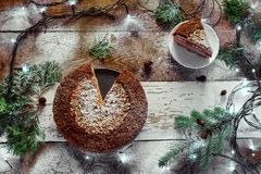 Jul sötsaker, kakor, bakelser, girlander Royaltyfria Bilder