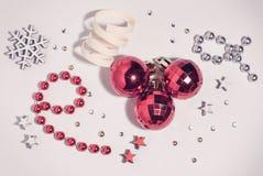 Jul sammansättning, julleksaker, stjärnor arkivfoto