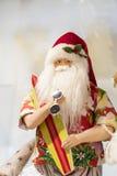 Jul shoppar av souvenir och smycken i staden av Sainte-Andr i Ungern Arkivbilder