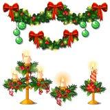 Jul skissar med garneringar av ris av granen, järneksidor, stearinljus och girlander Prövkopia av affischen royaltyfri illustrationer