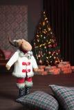 Jul som är inre med hjortar Royaltyfria Bilder