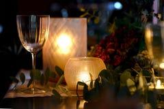 Jul som äter middag tabellen Arkivbild