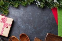 Jul som lagar mat tabellen Fotografering för Bildbyråer