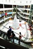 Jul som shoppar beröm Fotografering för Bildbyråer