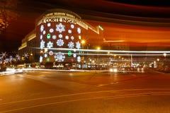 Jul som shoppar i Barcelona Fotografering för Bildbyråer