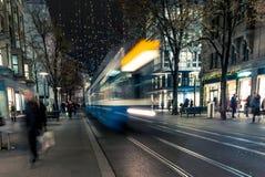 Jul som shoppar i Zurich Bahnhofstrasse - 3 Royaltyfri Bild