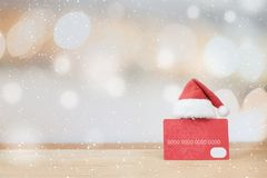Jul som shoppar idébegreppsbakgrund Arkivfoton