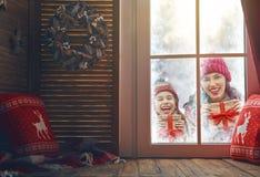 jul som tycker om familjen Fotografering för Bildbyråer