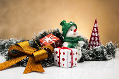 Jul stoppar med ljus bakgrund Arkivbilder