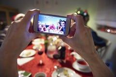 Jul tajmar med familjen Royaltyfri Fotografi