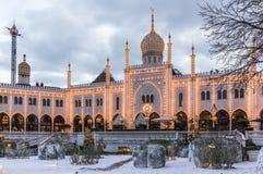 Jul tajmar på den moriska slotten i Tivoli trädgårdar Copenha Royaltyfri Fotografi