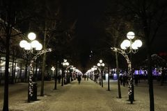 Julande i Kungsträdgården i Stockholm royaltyfria foton