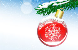 Julbakgrund med bollen och den prydliga filialen Royaltyfri Fotografi