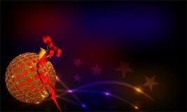 Julbakgrund med den röda prydnaden och band på färgrik bakgrund royaltyfria foton
