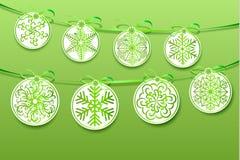 Julbakgrund med effekten av pappers- snöflingor Fotografering för Bildbyråer