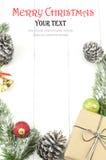 Julbakgrund med garneringar och gåvaasken Royaltyfri Fotografi