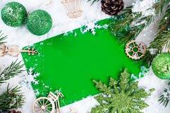 Julbakgrund med garneringar utrymme för bästa sikt och kopierings arkivbild