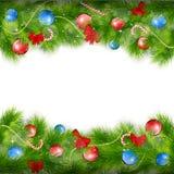 Julbakgrund med granfilialer Arkivfoton