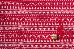 Julbakgrund med julsymboler Royaltyfria Bilder