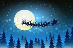 Julbakgrund med jultomten som kör hans släde Arkivfoton