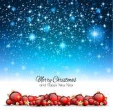 Julbakgrund med röda skinande struntsaker för din säsongsbetonade Fl Arkivfoto
