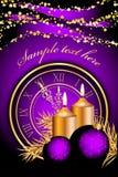 Julbakgrund med stearinljus och klockan Royaltyfri Foto