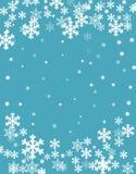Julbakgrund, suddiga vita snöflingastjärnor och snöbollar på ljust - blå bakgrund, illustration för vektor eps10 stock illustrationer