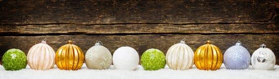 Julbakgrunder, julgarnering med bollar Royaltyfria Bilder