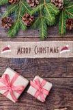 Julband på träbakgrund Arkivfoton