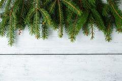 Julbaner med den gröna filialen Royaltyfri Bild