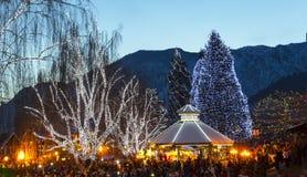 Julbelysning i Leavenworth royaltyfri bild