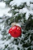 Julboll/garnering Arkivbild