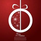 Julboll på dekorativ röd bakgrund Arkivfoton