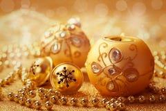 Julbollar med klirrklockor Arkivfoto