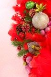 Julbollar med prydnader Arkivbild