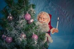julclaus santa tree Arkivfoton
