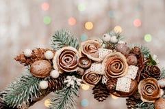 Juldekor på dörren Arkivfoto