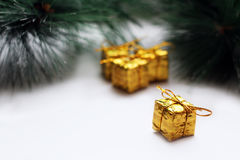 Juldesign på den vita bakgrunden Royaltyfria Bilder