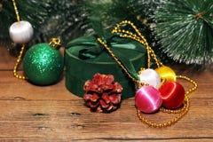 Juldesign på träbakgrunden Royaltyfri Bild