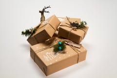 julen dekorerar nya home idéer för garnering till Ð-gåva i asken Royaltyfria Foton