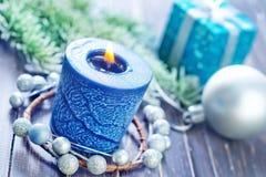 julen dekorerar nya home idéer för garnering till Royaltyfri Bild