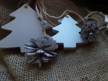 julen dekorerar nya home idéer för garnering till Träd och ananors Fotografering för Bildbyråer