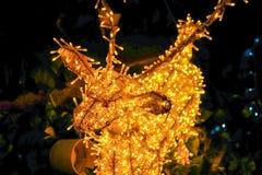 julen dekorerar nya home idéer för garnering till Visat på bokeh tänder bakgrund Fotografering för Bildbyråer