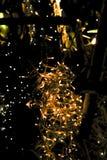 julen dekorerar nya home idéer för garnering till Visat på bokeh tänder bakgrund Arkivbild
