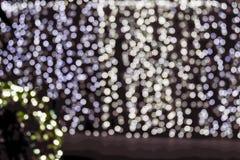 julen dekorerar nya home idéer för garnering till Visat på bokeh tänder bakgrund Arkivbilder