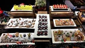 julen dekorerar nya home idéer för matställe till arkivbilder