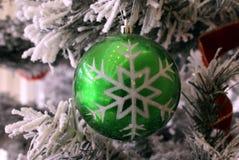 Julen klumpa ihop sig baublejulen för bakgrund 3d satte ihop fotografiskt verkligt framför julen dekorerar nya home idéer för gar Royaltyfria Foton