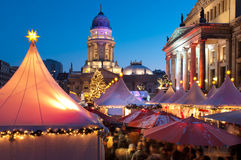 Julen market i Berlin, Tyskland Arkivbild