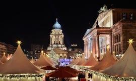 Julen marknadsför i Berlin Arkivbild